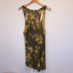 Free People Long Tank Cute dye dye tank. Perfect condition only worn once. Ref#Y0804 Free People Tops Tank Tops