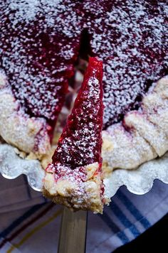 Tangy rustic raspberry tart with crispy edges and moist in the center | http://giverecipe.com