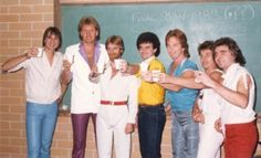 1983 pic of band Air Supply, 70s Music, Mom And Sister, Nice Person, The Past, Concert, 1990s, Bee, Entertainment