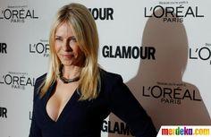 Komedian Chelsea Handler tiba untuk menghadiri Wanita Majalah Glamour 21 tahunan di acara penghargaan Tahunan di New York, 7 November 2011.