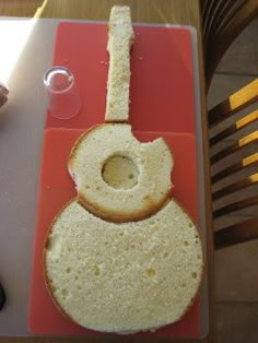 how to guitar cake . Round for less waste.