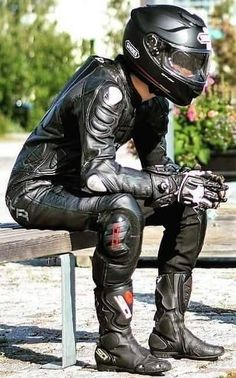 Motorcycle Suit, Motorcycle Leather, Biker Leather, Motorcycle Fashion, Leather Jeans, Leather Jackets, Sexy Biker Men, Biker Boys, Motorbike Leathers