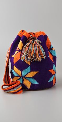 Wayuu Taya Foundation Susu Bag My Bags, Purses And Bags, Mochila Crochet, Tapestry Crochet Patterns, Crochet Backpack, Tapestry Bag, Knitted Bags, Crochet Accessories, Beautiful Crochet