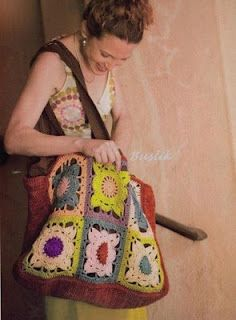 Granny square bag with diagram