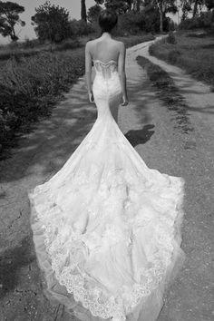Beautiful backless wedding dresses we love!