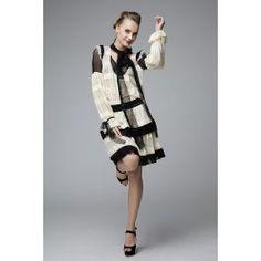 Rochie matase, aspect jucaus cu dantela neagra, perfecta pentru zi Elegant, Luxury, Dresses, Fashion, Classy, Vestidos, Moda, Fashion Styles, Dress