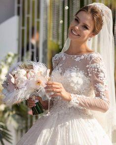 b3281072732879b букет невесты с перьями. свадебный букет с пионами орхидеями светлый  розовый кремовый Свадебный декор и