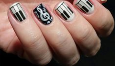 I love this awesome design; fabulous combination of stylish black tips with shimmery white base catch the attention at first look. Hot Nails, Hair And Nails, Sexy Nails, Nice Nails, Different Nail Designs, Cute Nail Designs, Nails Only, Artificial Nails, Fabulous Nails