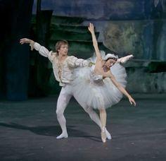 Nureyev & Fonteyn.