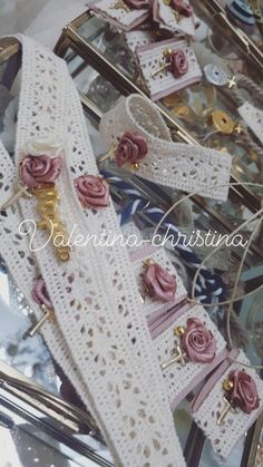 Χειροποίητα μαρτυρικά βάπτισης για κορίτσι,μαρτυρικά βάπτισης vintage καλέστε 2105157506 Christening, Cherry Blossom, Projects To Try, Crochet, Bracelets, Vintage, Decor, First Holy Communion, Souvenirs