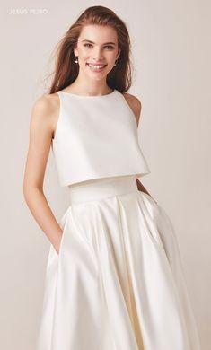 Minimal Wedding Dress, Wedding Dress Trends, Wedding Dress Styles, Dream Wedding Dresses, Fall Fashion Outfits, Stylish Outfits, Fashion Dresses, Satin Dresses, The Dress