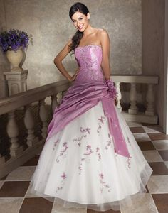 Pretty! Violet and ivory floral quince dress