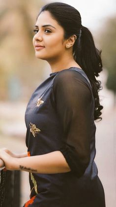 Agarwal Perumbakkam Packers and Movers in Chennai - Packing Moving and House Relocation Service Beautiful Girl Indian, Most Beautiful Indian Actress, Beautiful Actresses, Beautiful Women, South Actress, South Indian Actress, Beauty Full Girl, Beauty Women, House Relocation