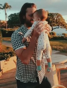 Jared and Odette /pukes rainbows/ aaaaaa q lindosss❤❤ Jensen And Misha, Jensen Ackles, Supernatural Fandom, Supernatural Seasons, Winchester Boys, Jared Padalecki, Misha Collins, Destiel, Superwholock