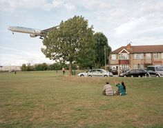 Myrtle Avenue picnic, Hounslow  © Philipp Ebeling   London Ends