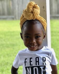 We could all use a little more sunshine on our feeds ☀️⁣ ⠀⠀⠀⠀⠀⠀⠀⠀⠀⁣ From the wrap to the shirt- we're here for it! Adorable by @simply_madisonjade ❤️ ⁣ Cute Kids Fashion, Girl Fashion, Easy Braid Styles, Brown Babies, Mixed Babies, Black Babies, The Age Of Innocence, Baby Girl Hairstyles, African Girl