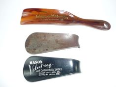 3 Vintage Advertising Shoe Horns Mason Velveteez by ChromaticWit, $14.99
