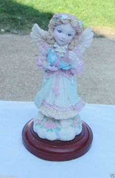 Gorgeous House of Lloyd Christmas Around the World Angel Figurine http://stores.ebay.com/bhtresures-internet-store