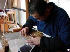 職人、西陣織伝統工芸士