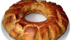 Ciambella rustica Macedonian Food, Snacks Für Party, Onion Rings, Bagel, Pizza, Baking, Ethnic Recipes, Desserts, Brot