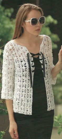 Silk Cotton Three Quarter Sleeve Cardi Pattern to crochet. Crochet Bolero, Cardigan Au Crochet, Pull Crochet, Gilet Crochet, Mode Crochet, Black Crochet Dress, Crochet Buttons, Crochet Jacket, Crochet Cardigan