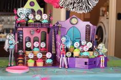 Use monster high dolls as part of your props for your cupcake table! Dolls available for $15- come by! @fngnovelties