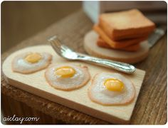Miniature breakfast scene by AiClay, via Flickr
