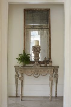 FONPLEGADE – GIANNETTI Country Entryway, Entryway Decor, Entryway Tables, Modern French Country, French Country Decorating, Consoles, Interior Inspiration, Design Inspiration, Patina Farm
