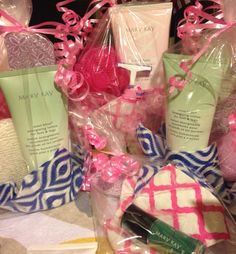 Cash-n-carry items for Mary Kay display table