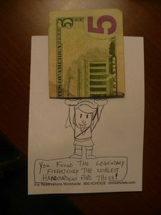 Funny Ways To Leave A Tip In Your Hotel Room