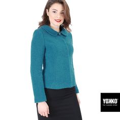 CHRISTINE ✨ sacou elegant din bucle de lana cu alpaca YOKKO | fall-winter 2016  #wool #jacket #turquoise #warm #new #women #fashion #style #yokko Workwear, Wardrobes, Your Style, Fall Winter, Turtle Neck, Turquoise, Warm, Pullover, Elegant