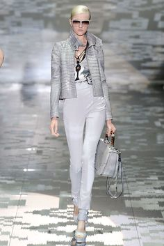 413bb6243a63f 14 Best Gucci's Ikat inspiration images | Fashion Show, Gucci spring ...