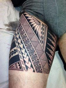 Afbeeldingsresultaat voor maori thigh tattoo