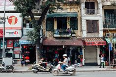 A list of some of the best cafes in Hanoi, Vietnam.The big cities in Vietnam have a coffee and cafe culture that is virtually unknown to the rest of the world. Here we offer a list of some of our favorites.