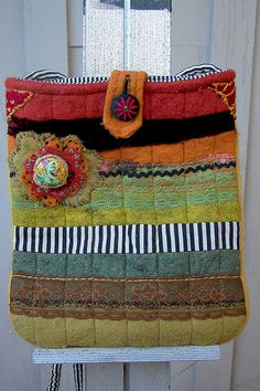 Teacup purse back by RCButtons, via Flickr