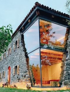 Glass House Design, Modern House Design, Architecture Renovation, Architecture Design, Container Home Designs, Dream Home Design, Stone Houses, Amazing Architecture, Building Design