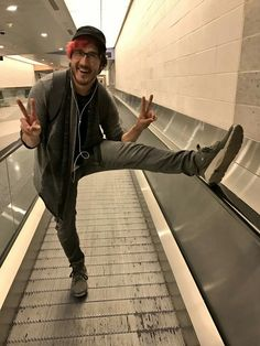 Markiplier You silly muffin Pewdiepie, Markiplier Memes, Markiplier Imagines, Mark And Ethan, Jack And Mark, Cryaotic, Darkiplier, Youtube Gamer, Joey Graceffa