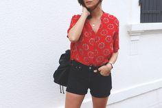 Jean Levis Vintage, chemise en soie Sandro Peace & love. Look, fashion ootd. Blogger. summer look.  Shop my outfit : http://www.aurelieetcompagnie.com/shop