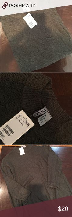 NWT high neck sweater NWT high neck, kind of boxy H&M Sweaters