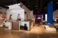 ZOOO // MULTIBRAND STORE // Interiors & Furniture by Lafede // Retail Design www.studiostore.es
