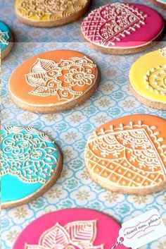 Смаколики в стилі мехенді SKRYNYA.UA — Handmade ярмарок України