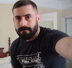 Beard Oil or Beard Balm? The Differences & Why You Need Both Scruffy Men, Hairy Men, Bearded Men, Beard Oil And Balm, Beard Balm, Beard Styles For Men, Hair And Beard Styles, Best Short Haircuts, Haircuts For Men