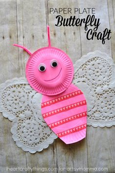 One of my new favorite things is paper doilies. There are so many fun crafts you can make with them like our cute doily lion. We are continuing our doily obsession today by sharing how to make this simple paper plate and doily butterfly craft over at Artsy Momma today. The white paper doily hearts …