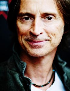 "Robert Carlyle - I have this thing for ""Smirks"" and his is right on target."