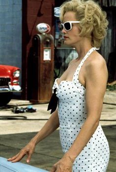 When she put all pinup wannabes to shame in Blue Sky. - 27 Times Jessica Lange Was Our One True Supreme Julia Roberts, Meryl Streep, Blue Sky Movie, Gorgeous Women, Beautiful People, Best Actress Oscar, Celebrity Travel, American Horror Story, Timeless Beauty
