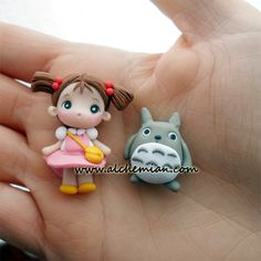 Polymer Clay - Japan anime manga totoro inspired earrings handmade in italy by Alchemian Polymer Clay Disney, Cute Polymer Clay, Polymer Clay Dolls, Cute Clay, Polymer Clay Pendant, Polymer Clay Projects, Polymer Clay Charms, Polymer Clay Creations, Clay Crafts
