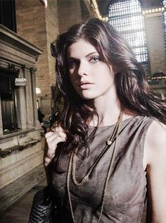 selena hair style alexandra daddario and blue on 5156