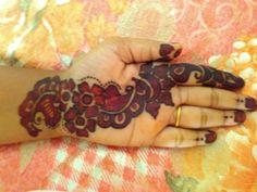 Red and black design Wedding Mehndi Designs, New Mehndi Designs, Mehandhi Designs, Blouse Designs, Mehndi Design Pictures, Hand Work Blouse Design, Henna Patterns, Mehendi, Tattos