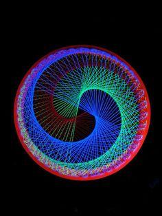 """2D Stringart Spirale """"Neon Circle Red"""" #blacklight #schwarzlicht #stringart #fadendeko #deco #string #art #psy"""