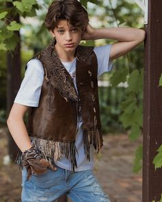 General picture of Alex Ruygrok - Photo 1193 of 1857 Actor Picture, Actor Photo, William Franklyn Miller, Feminized Boys, Studio Logo, Cute Celebrities, Boys Jeans, Teen Boys, Creative Photography